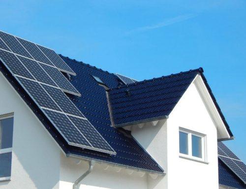 Artisans : trois bonnes raisons de devenir installateur de solutions solaires thermiques